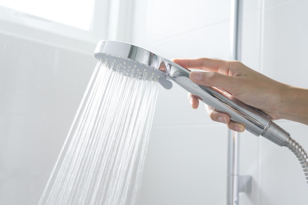 Ahorrar energía al utilizar un termo eléctrico para el agua caliente